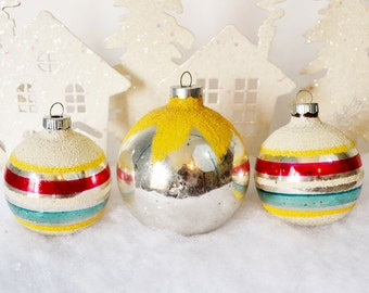 Large Christmas Ornaments Striped Snowcap Mica White Yellow Green Red Silver Vintage Shiny Brite Set of 3 Three 1950's