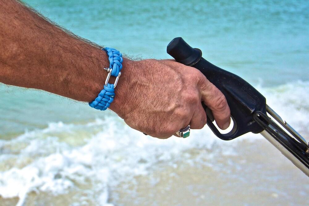 Mens beach bracelet mens bracelets gifts for men bracelet for Mens fishing bracelet