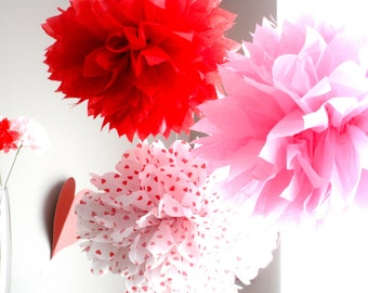 Valentine's Day Tissue Paper Pom Poms, Valentine Hearts, Valentines Day Décor, Red Heart Paper Pom Poms, Valentine Party Décor