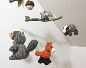 Baby Mobile, Woodland Baby Mobile, Woodland Nursery, Fox, Squirrel, Owl, Badger, Hedgehog Mobile, Gender Neutral Nursery, Natural