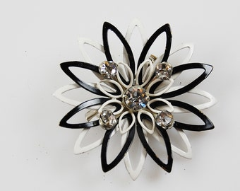 Vintage Black and White Enamel Flower Brooch with Faux Diamonds