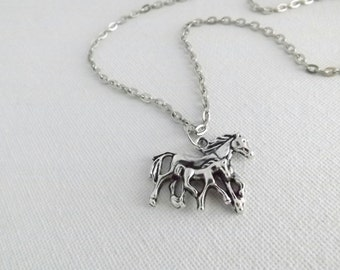 Horse Necklace / Mare and Foal Necklace /  Silver Horse Necklace / Horse Charm Necklace / Horse Lover / Western Necklace / Horse Riding