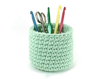Crochet Bowl Pattern for T Shirt Yarn or other Bulky Yarn - Pencil Holder - PDF File Instant Download