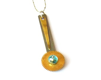 "Steampunk Necklace ""The Pendulum of Change"""