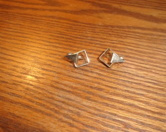 vintage clip on earrings goldtone avon