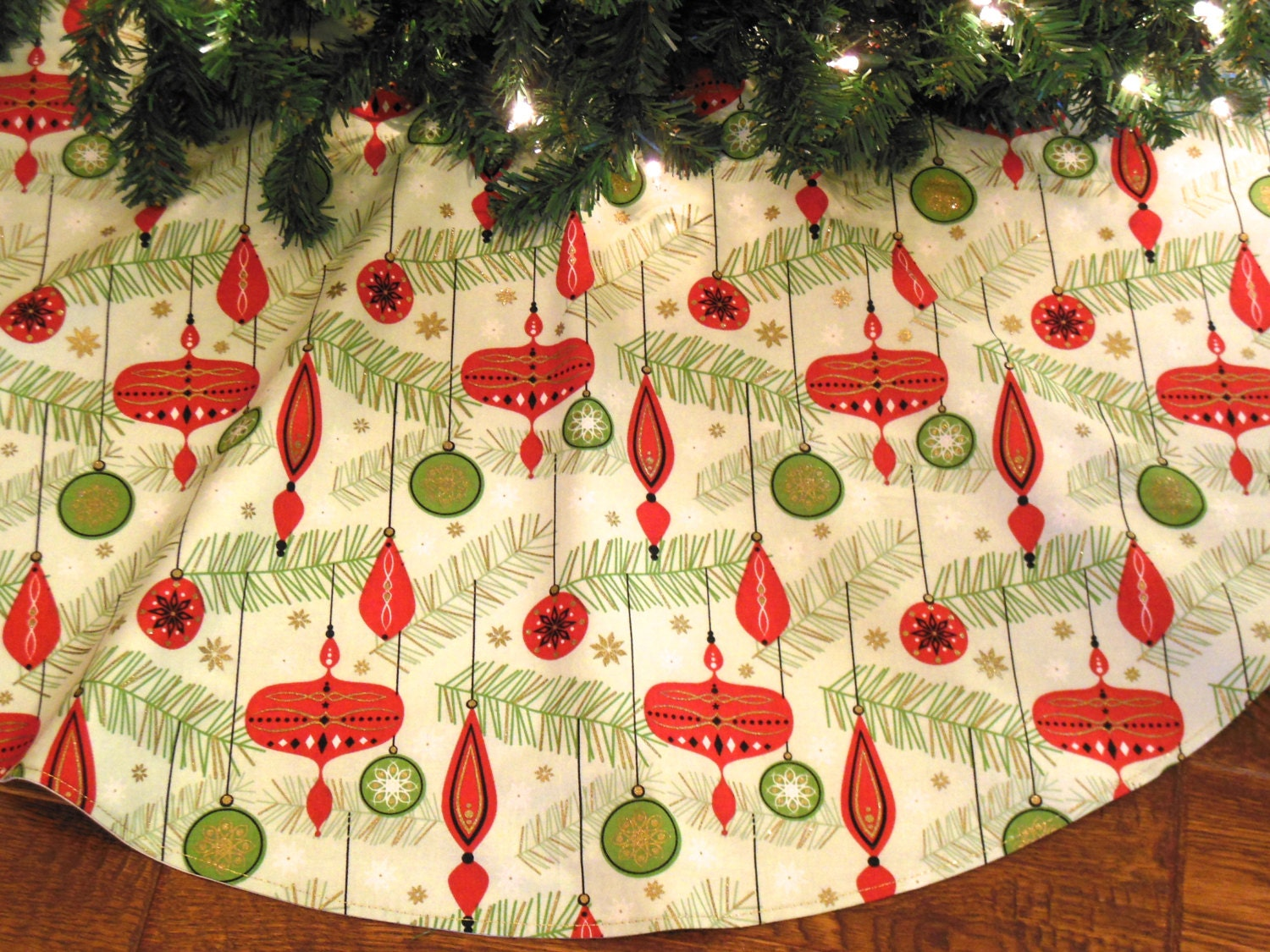 Mid century tree skirt retro christmas tree skirt mid for Modern christmas decorations online