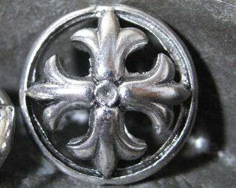 Fleur De Lis Bead Antique Silver Alloy 17mm 4 pieces