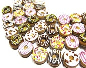 10 pieces 17mm Assorted Donut Lampwork Glass Beads
