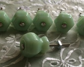 Set of 6 Brand New Vintage Depression Style Green Jadeite Jadite Drawer Glass Knobs Pulls