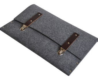 MacBook Pro 15 or 15 Retina sleeve grey synthetic felt briefcase cover with leather straps