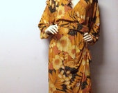 Vintage 80's Phoebe  Leaf Print Dress Plunging V neck line  Sz 13/14