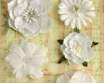 fabric flowers - Chantilly Mixed Blooms - white 1279-000  - layered fabric flowers with embellished centers