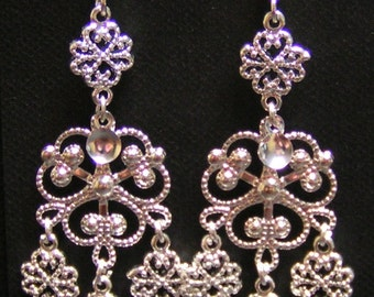 Signe - Traditional Norwegian Silver Filigree Cloverleaf & Hearts Solje Style Earrings with Silver Drops