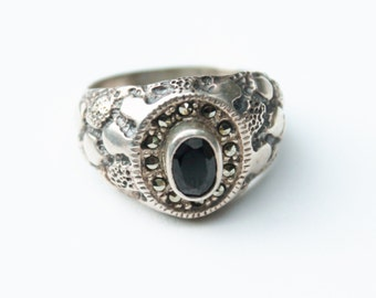 Vintage Men's Silver Marcasite and Black Onyx Ring