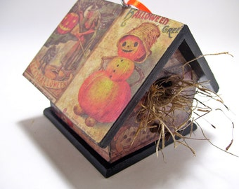 Halloween Vintage Greetings Birdhouse Decoupage