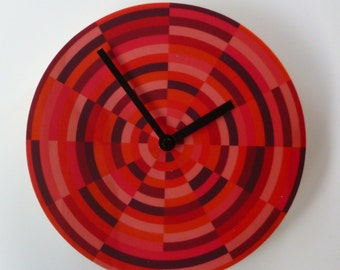 Objectify Fractured Wall Clock