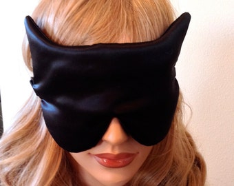 SILK Eye Mask Sleep Mask, Black Charmeuse Cat Shape, Fully Adjustable Straps, Light Blocking for Sleep and Anti-Aging