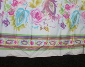 Vintage Bright Floral Bordered Fabric, Vintage Textiles, Vintage Material, Sewing Supplies