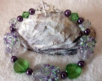 Bracelet,LavenderLime Green and White Bracelet,Abstract Bracelet,Lampwork Bracelet,Beaded Bracelet,Glass Bracelet,Abstrat - SNOW GODDESS