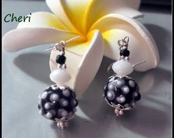 Black Gray and White Earrings - CHERI - Lampwork Earrings,Colorful Earrings,Dangle Earrings,Resort Wear