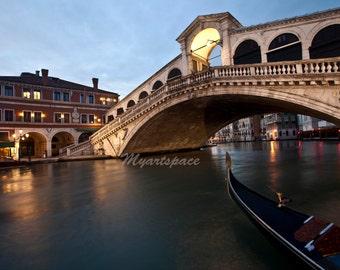 Venice print - Rialto bridge gondola - Canals of Venice - Venice art - Fine Art Photography - Italy art - Venice Italy travel