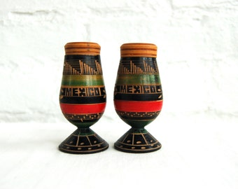 Mexican Salt and Pepper Shakers Black Hand Carved Souvenir Primitive Tribal Cinco de Mayo Fiesta Decor