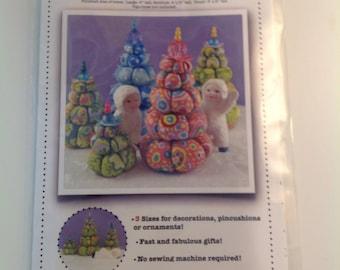 Cream Puff Christmas Tres by La Todera - Pattern