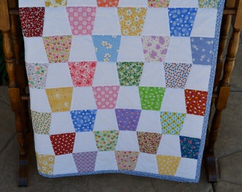 Baby/Toddler 1930's Reproduction Tumbler Quilt