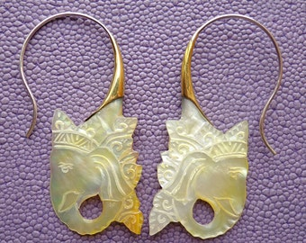 KING - Mother of Pearl and Metal Hook Earrings - Tribal Style Jewelry - Elephant Design
