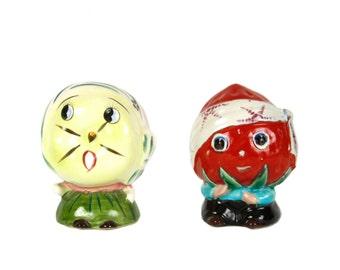 Anthropomorphic Planter Pair - Vintage - Ceramic - Tomato - Melon - Catchall - Vase