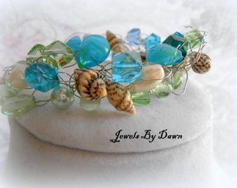 bracelet, sea shell bracelet, wire crochet, beaded, ocean bracelet, wire wrapped, beaded shell jewelry