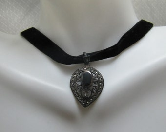 Vintage Sterling, Onyx and Marcasite Pendant and Felt Chocker