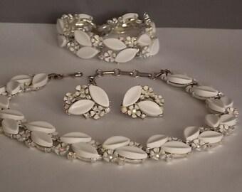 1950s LISNER  Demi Parure White Thermoset Leaves Enamel Flowers Aurora Borealis centers