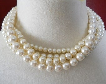 Bridal Wedding Necklace Bride Choker Necklace Short Pearl Necklace Chunky Pearls Necklace Ivory Bridal Jewelry Short Pearl Strands White