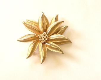 signed craft  goldtone flower rhinestone brooch