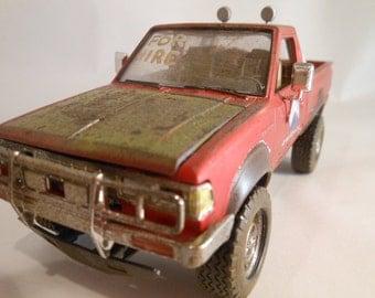 Classicwrecks, Scale Model, Rusted Datsun ,Red Pickup Truck,OffRoad Truck