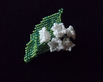 Lilly of the Valley  miniature brooch. Lily of the Valley bead woven brooch. Mother's day gift. Dolls accessory.