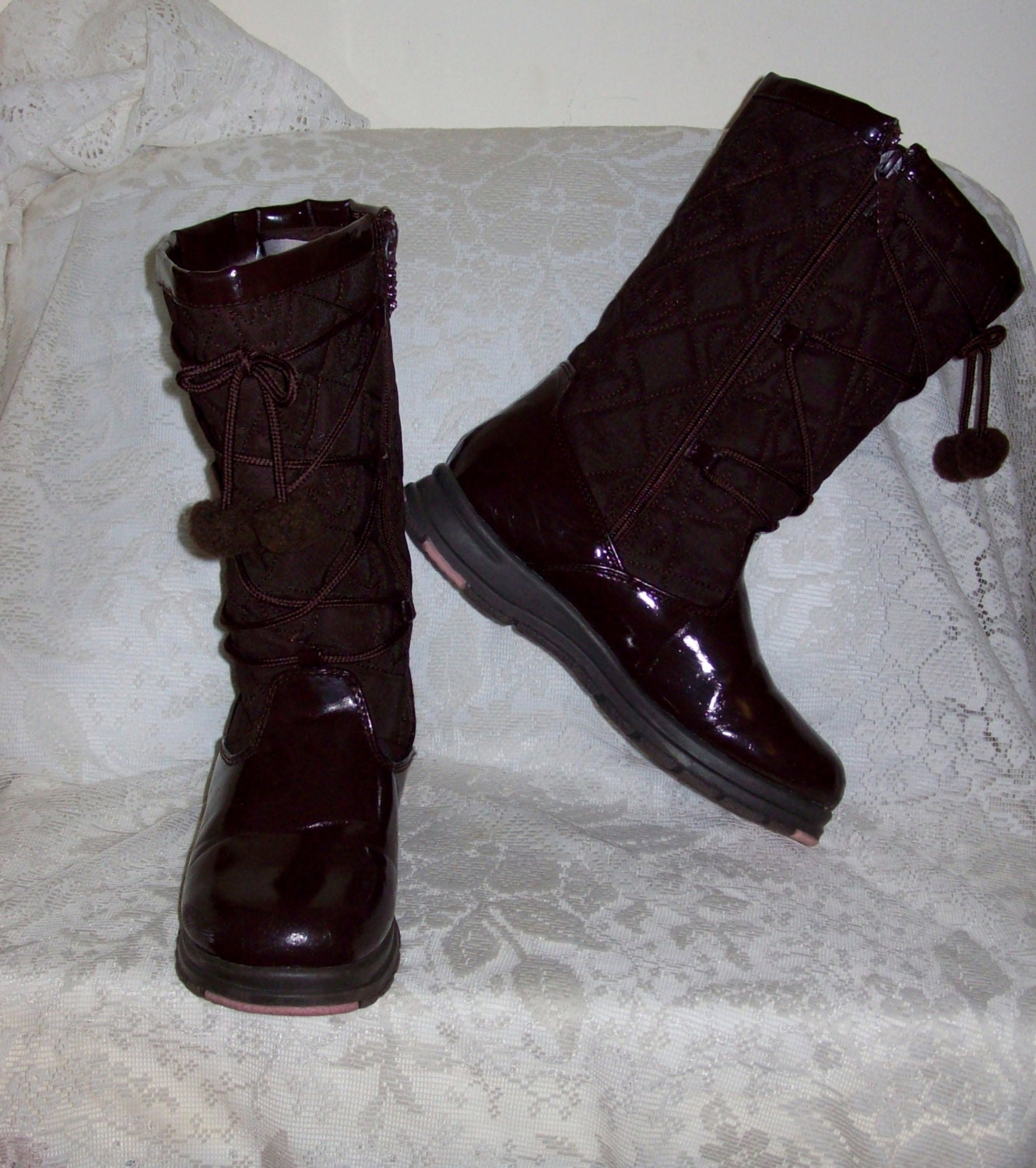 vintage winter snow boots by totes size 3 only 8 usd