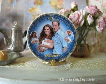 Royal Family Dollhouse Plate