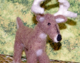 WhiteTail Deer needle felted
