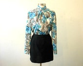 Plus Size Secretary Blouse / High Neck Blouse / Blue Floral / Large Tops / 1980s Clothing