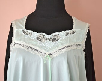 Mint Green Camisole Baby Doll Chemise  / Vintage Lingerie /   Lace Cut Out and Embroidered Nylon Satin / Modern  Size Large XL  - VL236
