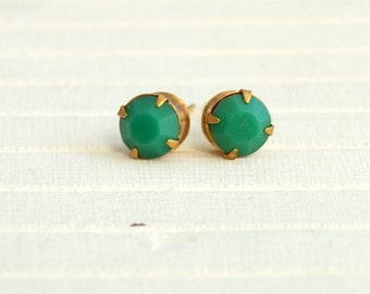 Green Glass Studs ... vintage green glass, post earrings, green studs, small studs