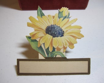 1920's die cut gold gilded  unused Buzza bridge tally  combination place card yellow daisy and bud