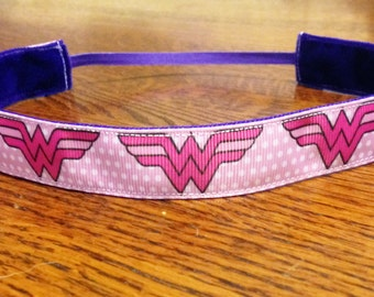 NOODLE HUGGER Non slip ribbon headband - Pink Wonder Woman - 7/8 inch (running, working out, everyday: women and girls)