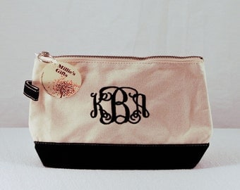 Personalized Black Cosmetic Bag, Monogrammed Cosmetic Case, Makeup Bag, Embroidered Make up Bag - Bridesmaid bags, Flower Girl Bag, Make-up