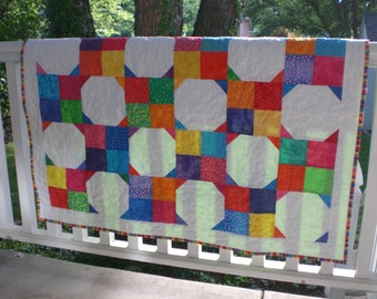 Baby quilt. bright colored quilt
