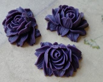 25 x 20 mm Dark Purple Resin Flower Cabochons  (.ng) (zzb)