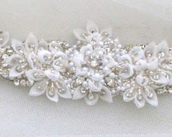 Vintage style bridal headpiece, wedding halo, forehead band - Gracie