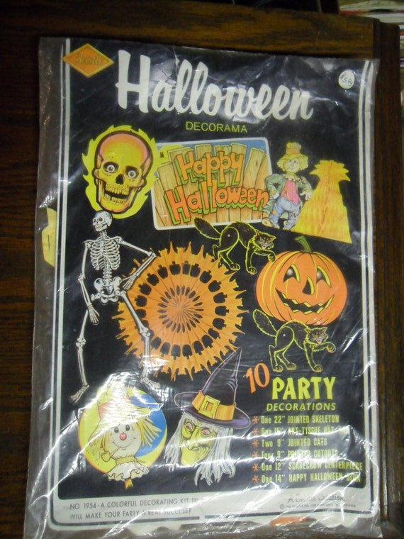 1970s Halloween Decorations In Original Bag 8 Different